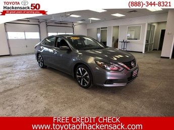 2018 Gun Metallic Nissan Altima 2.5 SR Regular Unleaded I-4 2.5 L/152 Engine FWD Automatic (CVT)