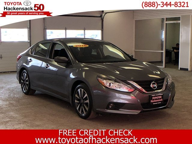 2016 Gun Metallic Nissan Altima 2.5 SV 4 Door Sedan Automatic (CVT) Regular Unleaded I-4 2.5 L/152 Engine