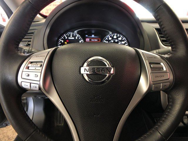 2016 Nissan Altima 2.5 SV Sedan 4 Door FWD