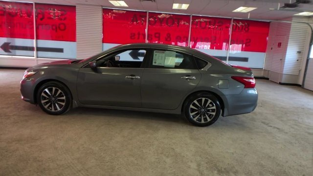 2016 Gun Metallic Nissan Altima 2.5 SV Automatic (CVT) FWD 4 Door Sedan Regular Unleaded I-4 2.5 L/152 Engine