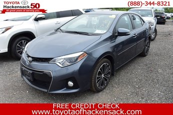 2016 Toyota Corolla Sedan FWD 4 Door Regular Unleaded I-4 1.8 L/110 Engine