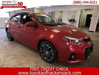 2016 Barcelona Red Metallic Toyota Corolla S Plus Regular Unleaded I-4 1.8 L/110 Engine Sedan 4 Door FWD Automatic (CVT)