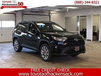 2019 Midnight Black Metallic Toyota RAV4 XLE Premium AWD 4 Door AWD SUV Regular Unleaded I-4 2.5 L/152 Engine Automatic