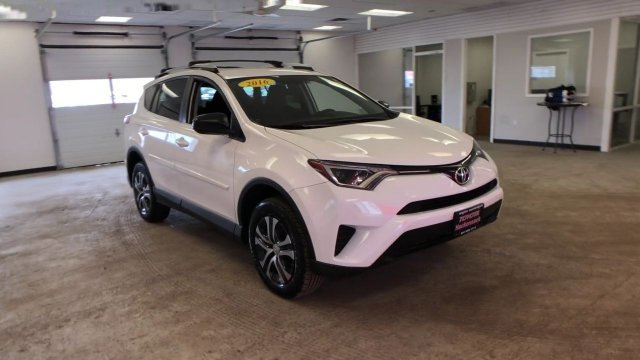 2016 Super White Toyota RAV4 LE Regular Unleaded I-4 2.5 L/152 Engine SUV AWD 4 Door