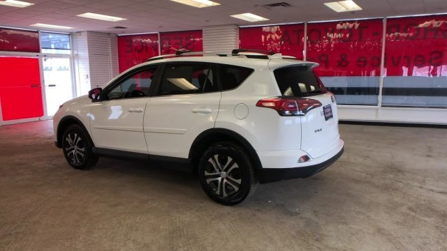 2016 Super White Toyota RAV4 LE AWD Regular Unleaded I-4 2.5 L/152 Engine Automatic 4 Door SUV