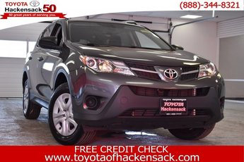 2015 Toyota RAV4 LE AWD 4 Door SUV Automatic Regular Unleaded I-4 2.5 L/152 Engine