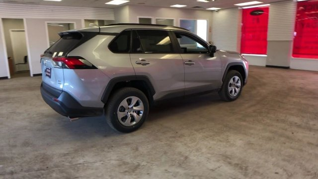 2019 Silver Sky Metallic Toyota RAV4 LE AWD Regular Unleaded I-4 2.5 L/152 Engine Automatic SUV