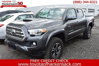2016 Magnetic Gray Metallic Toyota Tacoma 4X4 Regular Unleaded V-6 3.5 L/211 Engine 4 Door