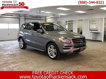 2015 Silver Mercedes-Benz M-Class ML 350 AWD 4 Door SUV Premium Unleaded V-6 3.5 L/213 Engine Automatic