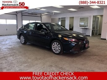 2019 Galactic Aqua Mica Toyota Camry LE Auto 4 Door FWD Regular Unleaded I-4 2.5 L/152 Engine Automatic Sedan