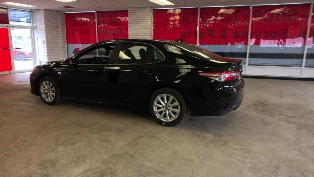 2019 Midnight Black Metallic Toyota Camry LE Auto 4 Door Automatic Regular Unleaded I-4 2.5 L/152 Engine FWD