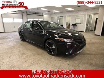 2019 Midnight Black Metallic Toyota Camry XSE Auto Regular Unleaded I-4 2.5 L/152 Engine FWD 4 Door Automatic Sedan
