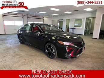 2019 Midnight Black Metallic Toyota Camry XSE Auto Automatic Regular Unleaded I-4 2.5 L/152 Engine Sedan FWD 4 Door