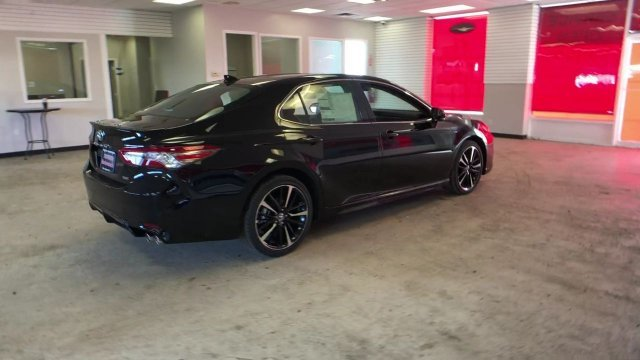 2019 Midnight Black Metallic Toyota Camry XSE Auto FWD Sedan 4 Door