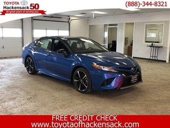 2019 Blue Streak/Midnight Black Metallic Toyota Camry XSE Auto Sedan FWD 4 Door Regular Unleaded I-4 2.5 L/152 Engine