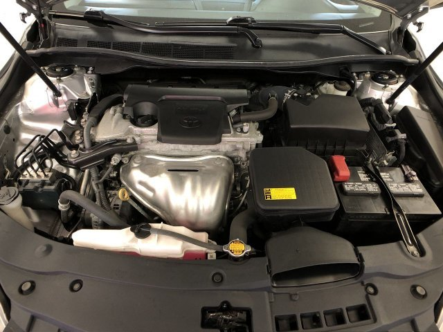 2015 Toyota Camry SE FWD Automatic Sedan Regular Unleaded I-4 2.5 L/152 Engine 4 Door