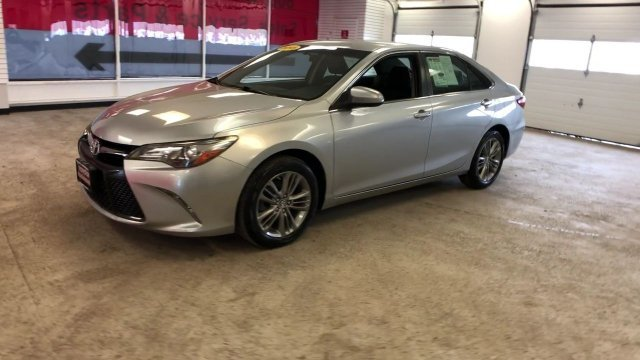 2015 Toyota Camry SE Sedan 4 Door Regular Unleaded I-4 2.5 L/152 Engine Automatic