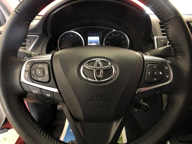 2016 Ruby Flare Pearl Toyota Camry SE FWD Automatic 4 Door Regular Unleaded I-4 2.5 L/152 Engine