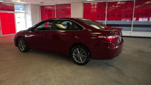 2016 Ruby Flare Pearl Toyota Camry SE FWD Sedan Automatic 4 Door