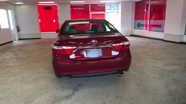 2016 Ruby Flare Pearl Toyota Camry SE FWD Sedan Automatic