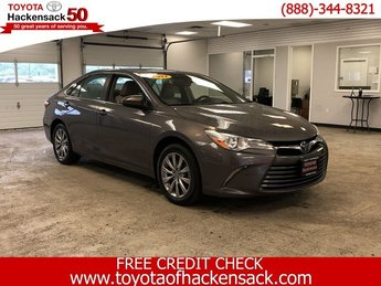 2017 Predawn Gray Mica Toyota Camry XLE FWD Automatic 4 Door Regular Unleaded I-4 2.5 L/152 Engine Sedan