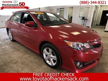 2014 Toyota Camry SE FWD 4 Door Automatic Regular Unleaded I-4 2.5 L/152 Engine