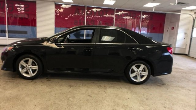 2014 Toyota Camry SE 4 Door Automatic Regular Unleaded I-4 2.5 L/152 Engine