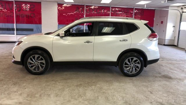2015 Pearl White Nissan Rogue SL SUV AWD Automatic (CVT)