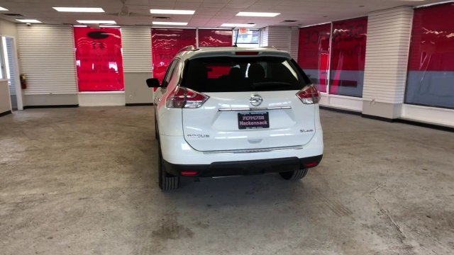 2015 Pearl White Nissan Rogue SL Regular Unleaded I-4 2.5 L/152 Engine Automatic (CVT) AWD