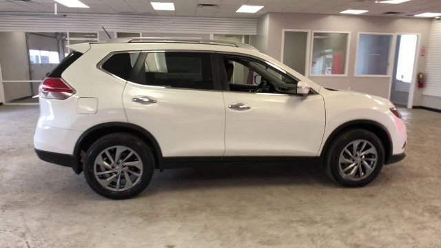 2015 Pearl White Nissan Rogue SL Automatic (CVT) 4 Door AWD