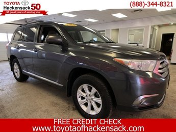 2013 Toyota Highlander Plus 4X4 SUV Automatic Gas V6 3.5L/211 Engine 4 Door