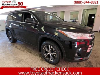 2019 Toyota Highlander LE Plus V6 AWD AWD SUV Automatic 4 Door