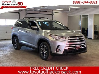 2019 Toyota Highlander LE Plus V6 AWD AWD Automatic SUV 4 Door