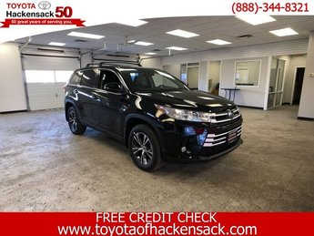 2019 Midnight Black Metallic Toyota Highlander LE Plus V6 AWD Automatic SUV AWD Regular Unleaded V-6 3.5 L/211 Engine 4 Door