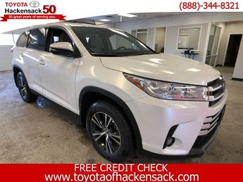 2019 Toyota Highlander LE Plus V6 AWD Regular Unleaded V-6 3.5 L/211 Engine Automatic SUV AWD 4 Door