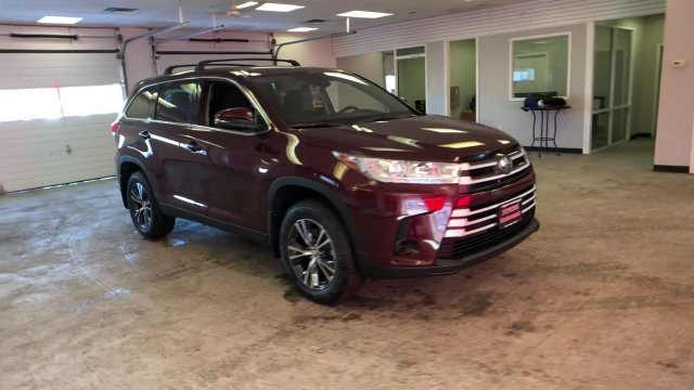 2019 Toyota Highlander LE V6 AWD 4 Door Regular Unleaded V-6 3.5 L/211 Engine AWD Automatic SUV