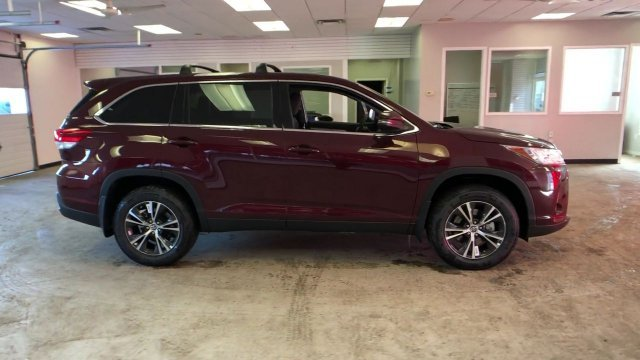 2019 Ooh La La Rouge Mica Toyota Highlander LE V6 AWD Regular Unleaded V-6 3.5 L/211 Engine Automatic SUV 4 Door AWD