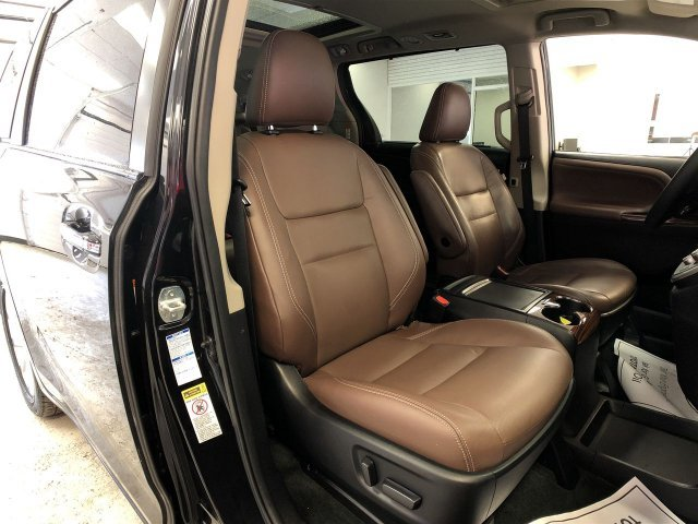 2015 Toyota Sienna Ltd Crossover Automatic 4 Door AWD
