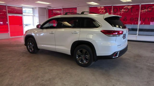 2019 Blizzard Pearl Toyota Highlander Limited Platinum V6 AWD 4 Door Automatic AWD SUV Regular Unleaded V-6 3.5 L/211 Engine