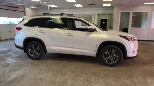 2019 Blizzard Pearl Toyota Highlander Limited Platinum V6 AWD 4 Door SUV AWD Regular Unleaded V-6 3.5 L/211 Engine Automatic