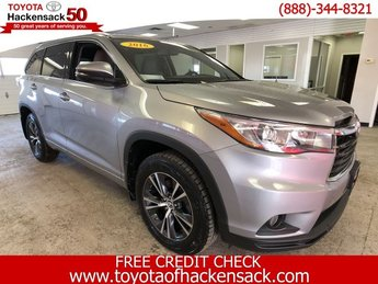 2016 Toyota Highlander XLE AWD Automatic 4 Door