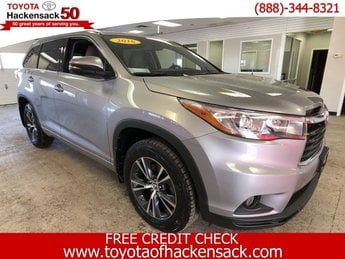 2016 Toyota Highlander XLE 4 Door AWD SUV Regular Unleaded V-6 3.5 L/211 Engine Automatic