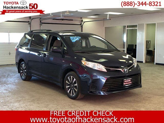 2019 Parisian Night Pearl Toyota Sienna LE AWD 7-Passenger Van Regular Unleaded V-6 3.5 L/211 Engine Automatic AWD 4 Door