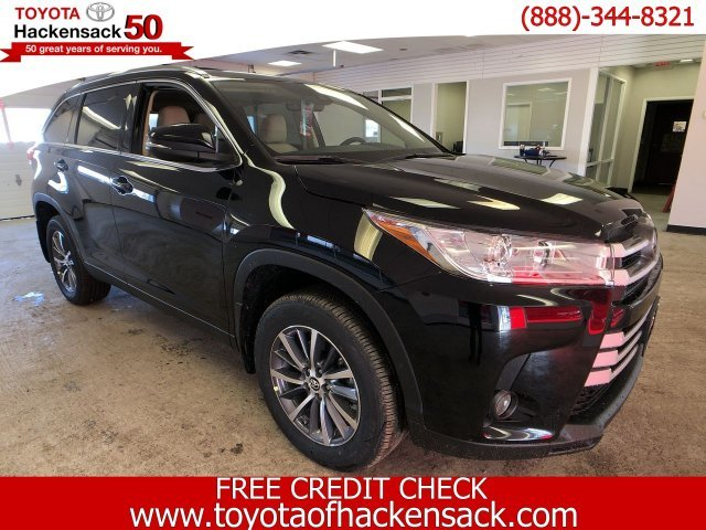 2019 Toyota Highlander XLE V6 AWD Regular Unleaded V-6 3.5 L/211 Engine 4 Door SUV Automatic AWD