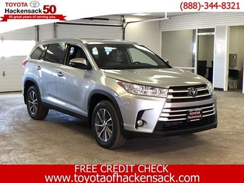 2019 Celestial Silver Metallic Toyota Highlander XLE V6 AWD Automatic SUV Regular Unleaded V-6 3.5 L/211 Engine