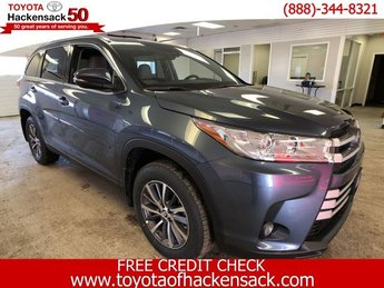 2019 Toyota Highlander XLE V6 AWD Automatic 4 Door Regular Unleaded V-6 3.5 L/211 Engine AWD SUV