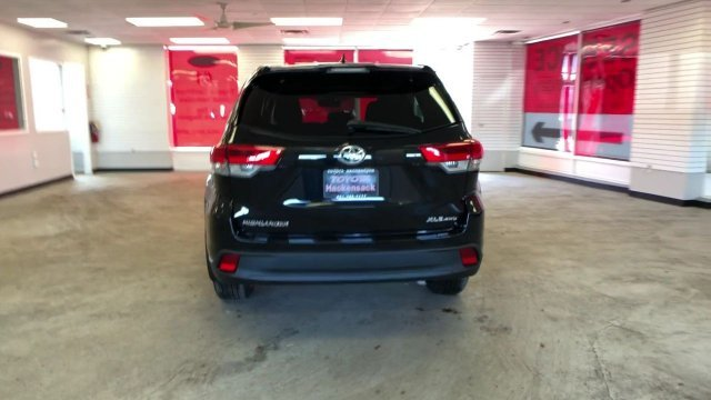 2019 Toyota Highlander XLE V6 AWD SUV AWD Automatic Regular Unleaded V-6 3.5 L/211 Engine
