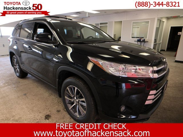2019 Toyota Highlander XLE V6 AWD 4 Door Regular Unleaded V-6 3.5 L/211 Engine SUV