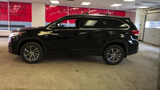 2019 Toyota Highlander XLE V6 AWD AWD SUV Regular Unleaded V-6 3.5 L/211 Engine 4 Door Automatic