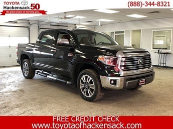 2019 Midnight Black Metallic Toyota Tundra 1794 Edition CrewMax 5.5 Bed 5.7L 4X4 4 Door Truck Regular Unleaded V-8 5.7 L/346 Engine Automatic